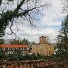 Изглед извън оградата на Земенския манастир